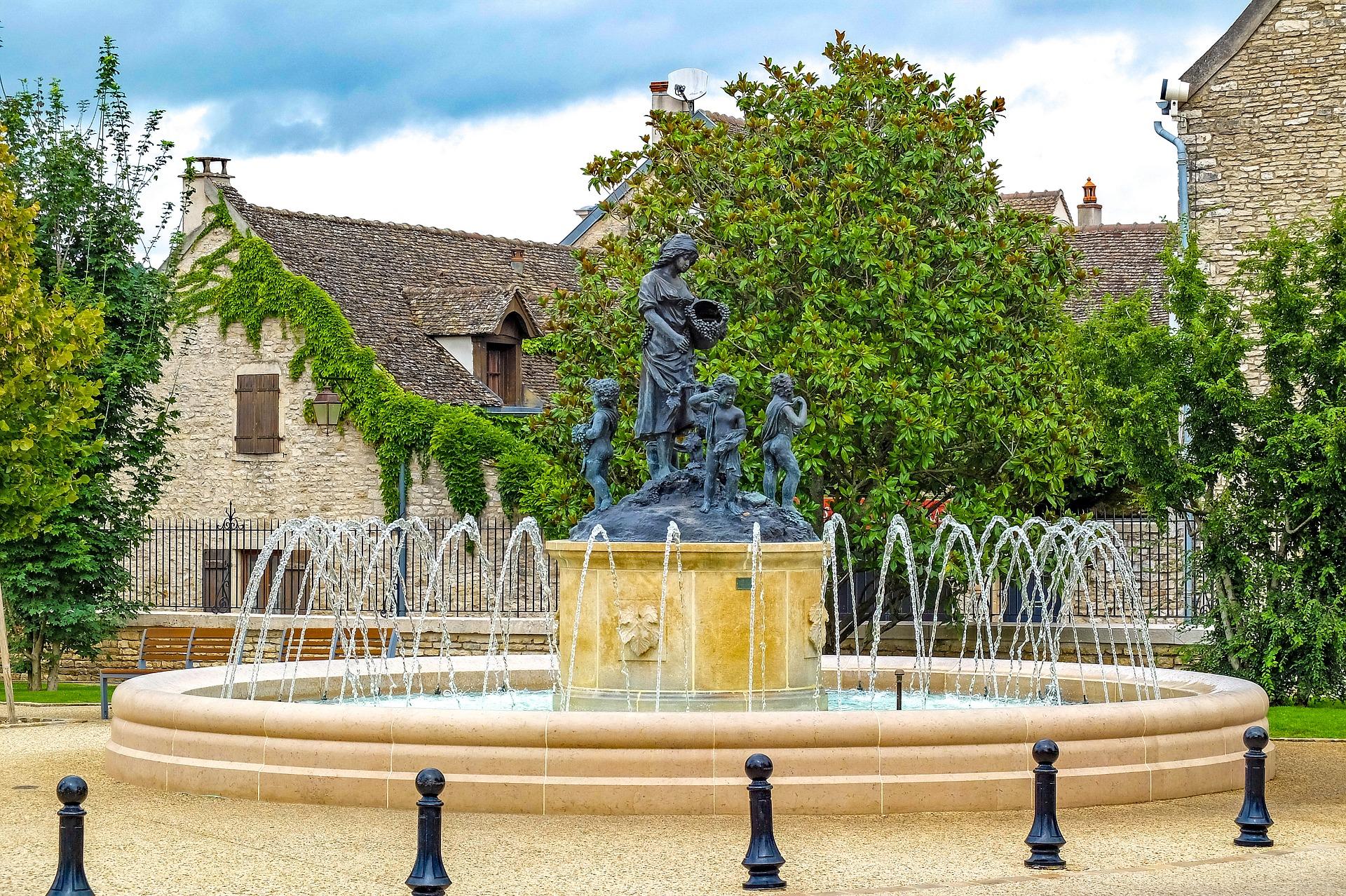 fountain-2622943_1920